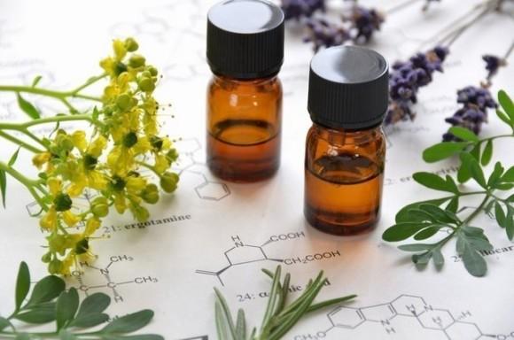 Oli Essenziali formule chimiche