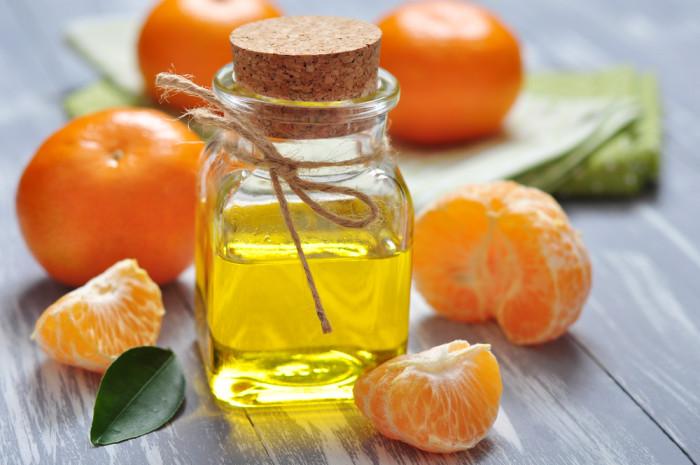 olio massaggi con oe mandarino