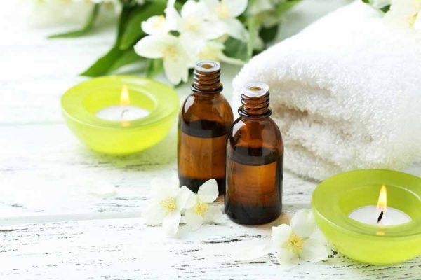 Bagno Rilassante Con Oli Essenziali : Oli essenziali per l ambiente bagno inherba il mondo delle