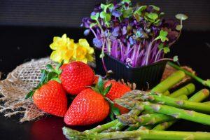 asparagi e fragole 2