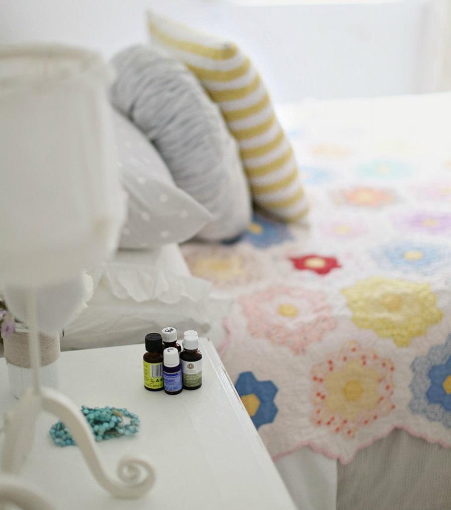 Aromaterapia Camera Da Letto oli essenziali per la camera da letto degli adulti | inherba